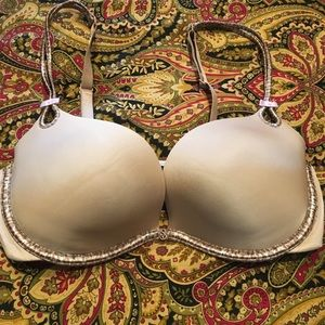 Victoria's Secret Very Sexy Little Thing 34D